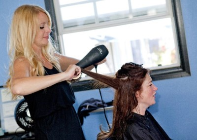 hair-stylist-pacific-beach